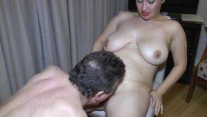 Pin curled chubby sucks a small cock
