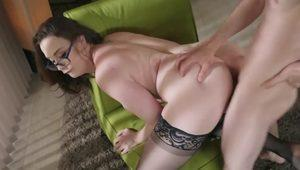 Sexy MILF Chanel Preston satisfied by Jordi El Nino Polla