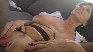 Mature european cummed on