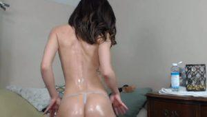 Sierra_Summer shows presents booty and round boobs