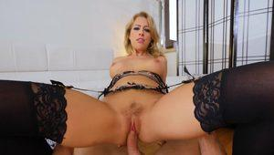 Playful mature in stockings Zoey Monroe loves POV with cumshot