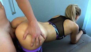 Athletic babe with a wonderful ass gets drilled doggystyle