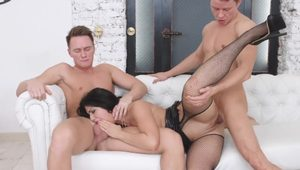Young Sex Parties - Jessica Linkoln - Nubile DPed by two businessmen