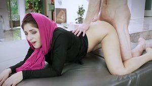 Nikkis sexy ass pounded by her fiances bro