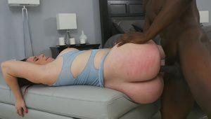 Interracial Twerking Lesson: Chubby PAWG takes BBC