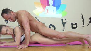Sexy Veronica Clark fucked on all fours during yoga session